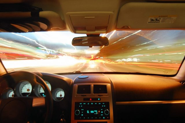 How to choose Experienced Car Glass Repair Specialists